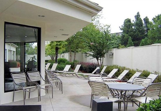 Suwanee, GA: Outdoor Patio