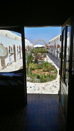 Ghazala Hotel: IMG_20160825_121725_large.jpg