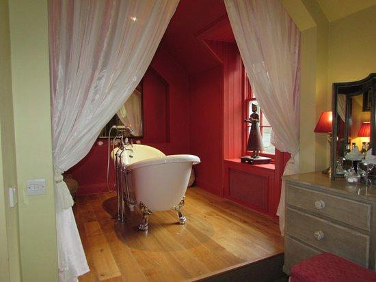 Ardanaiseig Hotel Picture