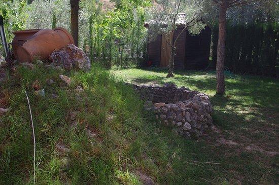 Caserio de la Fuente: Verde, sombra y tranquilidad