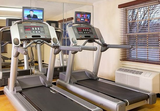 Lowell, MA : Fitness Center