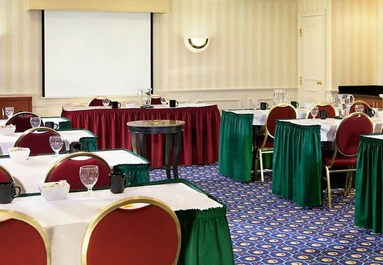 Lowell, MA : Meeting Room