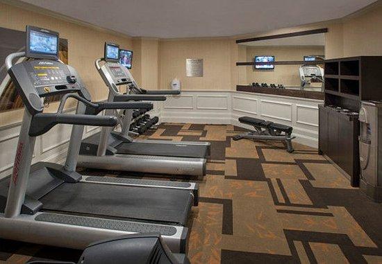 Tinton Falls, NJ : Fitness Center