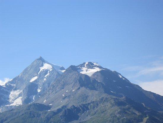 La Rosiere, Frankreich: Vue sur le Mont Pourri depuis le balcon de la chambre