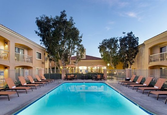 Courtyard Camarillo