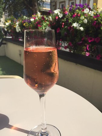 Park Grand London Lancaster Gate: Pink Champagne