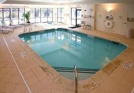 Lebanon, Nueva Hampshire: Indoor Pool & Whirlpool Spa