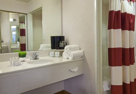 Englewood, Kolorado: Suite Bathroom