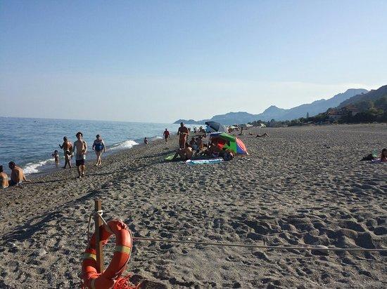 Spiaggia di Mazzeo: 20160820_173121_Richtone(HDR)_large.jpg