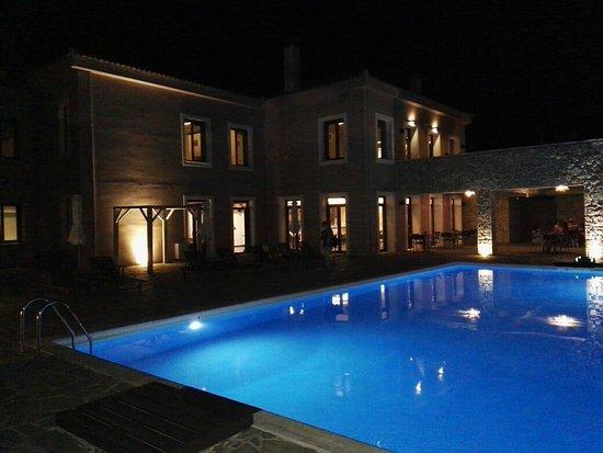 Hotel Perivoli: IMG_20160824_221045_large.jpg