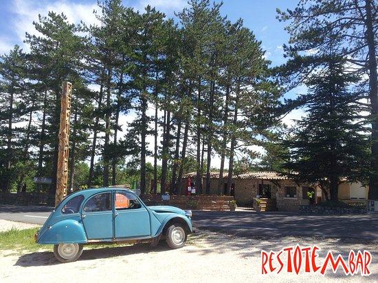 Vagnas, France : Soleil et détente au Restotembar ...