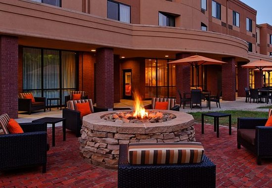 Alcoa, Tennessee: Outdoor Fire Pit