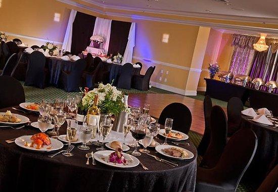 Ronkonkoma, NY: Gardiner Bay Ballroom Banquet