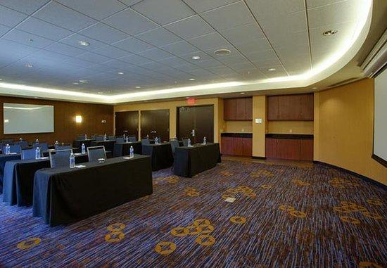 Farmingdale, État de New York : Runway Meeting Room – Classroom Setup