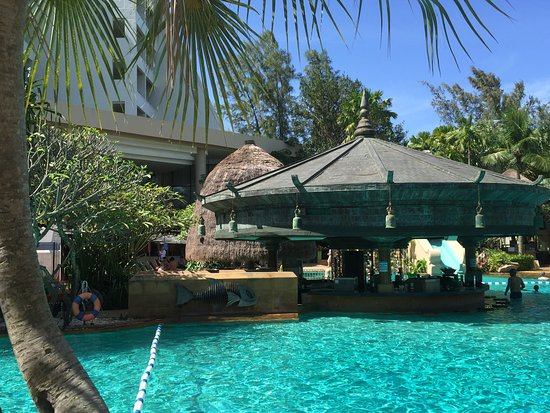 Фотография Movenpick Resort and Spa Karon Beach Phuket