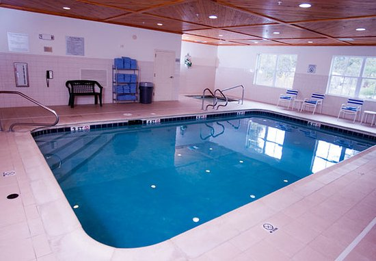 Middlebury, VT: Indoor Pool & Whirlpool