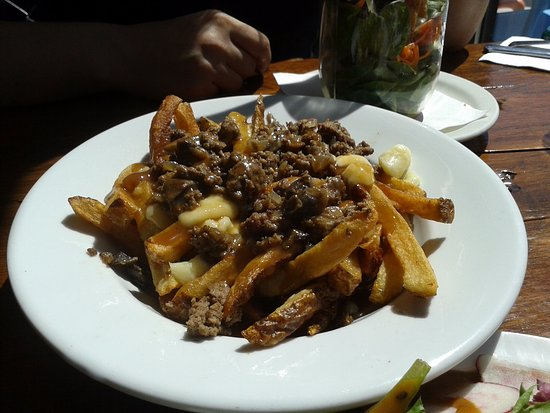 Longueuil, Canada: Poutine!!!!