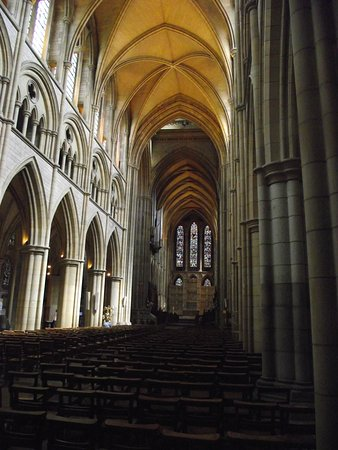 Truro, UK: The Nave from the entrance