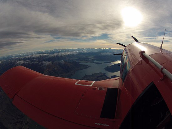 Wanaka, New Zealand: view from the plane