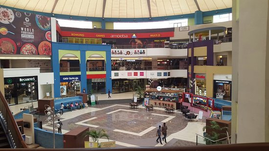 Amanora Mall: Amanora Town Centre