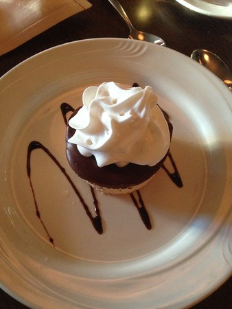 Jersey Girl Bar and Restaurant: Peanut Butter Mousse Pie