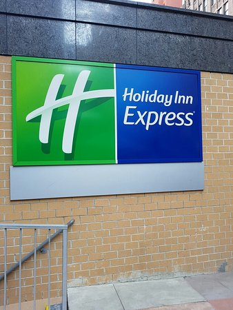 Holiday Inn Express NYC Madison Square Garden: TA_IMG_20160825_084902_large.jpg