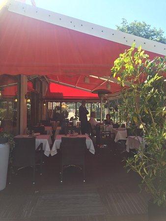 바리에 웨스트민스터 호텔에서 가장 가까운 레스토랑