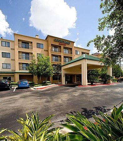 Courtyard Houston Sugar Land
