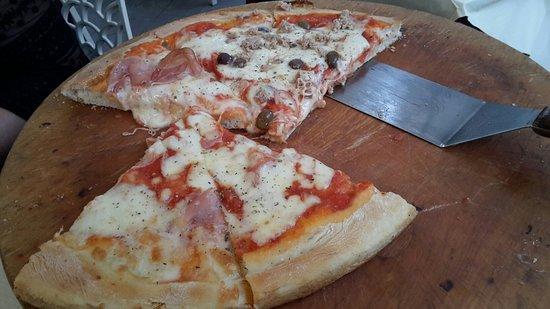 Pizzeria Mamma Mia: 20160820_191857_large.jpg