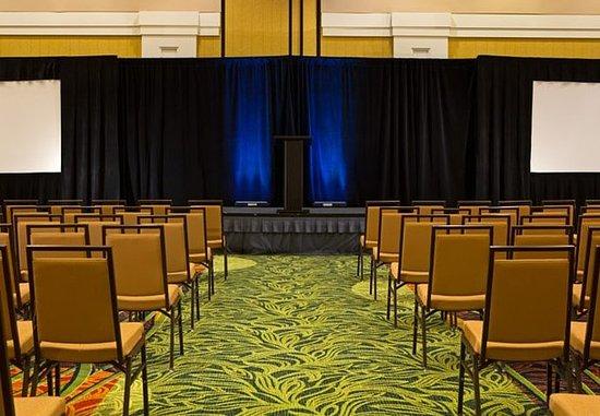 Kingsport, Теннесси: Cattails Ballroom – Theater Setup