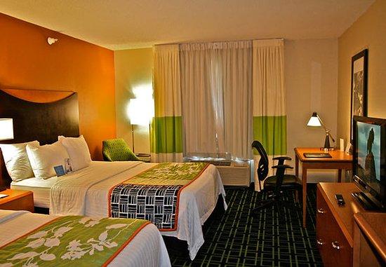Hays, Κάνσας: Queen/Queen Guest Room