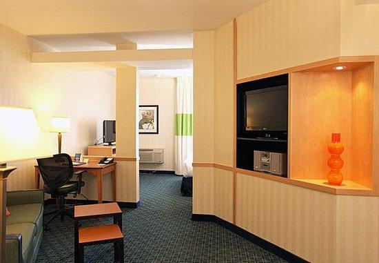 Μπελβίλ, Καναδάς: King Executive Suite Sitting Area