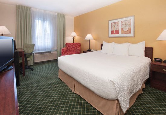 Deptford, NJ: King Guest Room