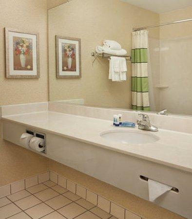 เดปต์ฟอร์ด, นิวเจอร์ซีย์: Guest Bathroom