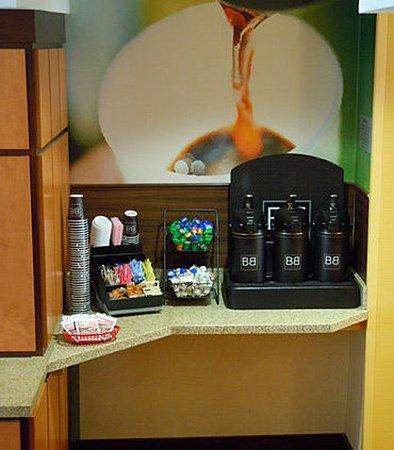 Ukiah, Καλιφόρνια: Coffee Station