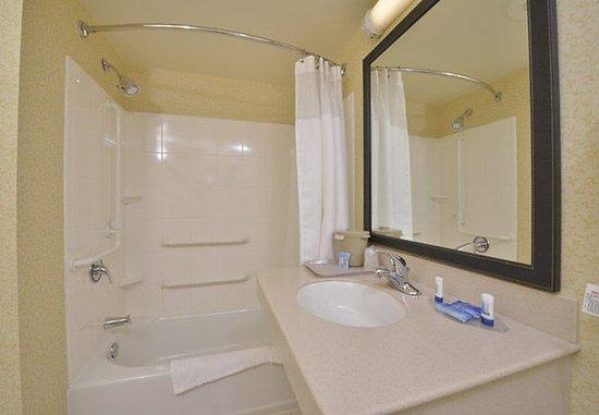 Williamsport, Pensilvania: Accessible Bathroom