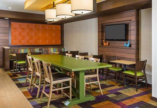 Muncie, IN: Dining Area