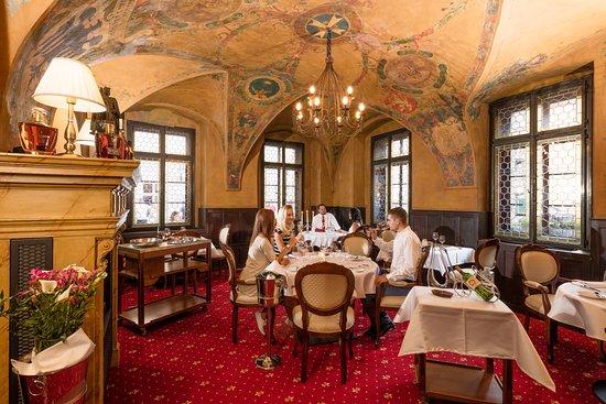 U Maliru 1543: Main room