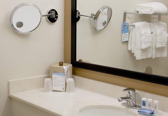 Hayward, Californien: Suite Bathroom