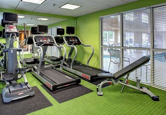 Fairfield Inn Asheville Airport: Fitness Center - Cardio