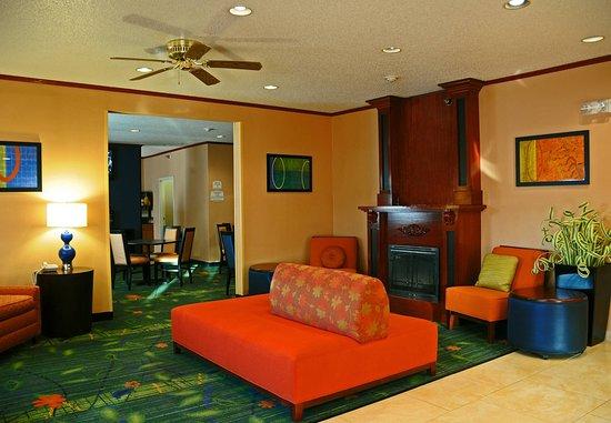 Fairfield Inn & Suites Spearfish: Lobby