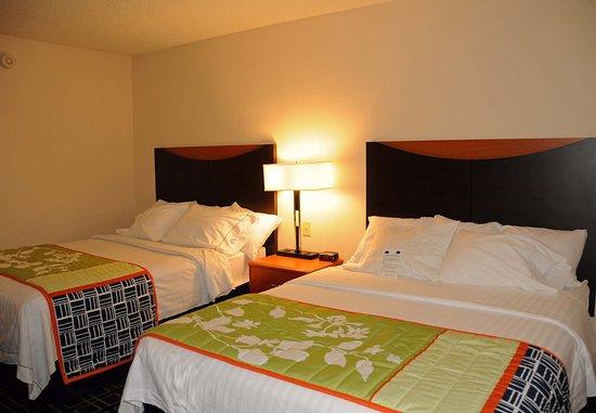 Fairfield Inn & Suites Spearfish: Queen/Queen Guest Room