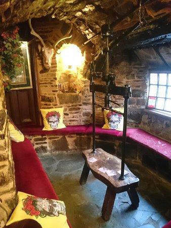 Sourton, UK: Bar seating area