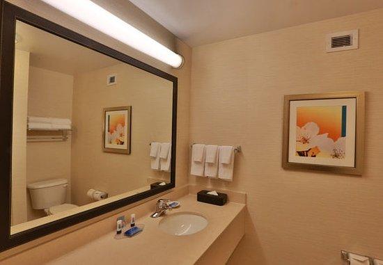 Burlington, WA: Suite Bathroom Vanity