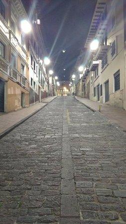 Calle La Ronda : La Ronda de noche !!!