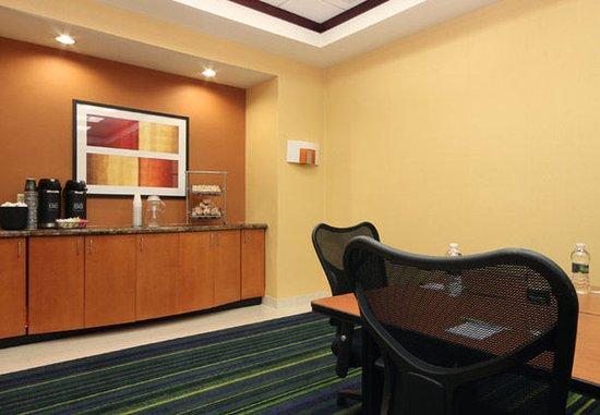 Avenel, NJ: Meeting Room Amenities