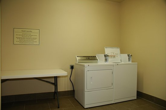 Texarkana, AR: Laundry Facilities