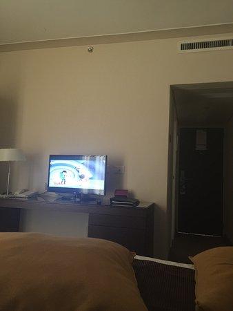 Crowne Plaza Hotel Jerusalem: Les chambres grande mais malheureusement pas propre et pas entretenue