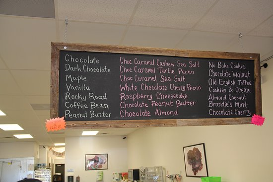 Grand Blanc, MI: Michigan's Greatest Fudge - huge selection