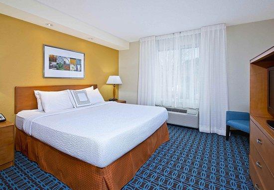 East Ridge, TN: One-Bedroom Suite Sleeping Area